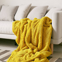Amped Fleece Throw Blanket | Urban Outfitters