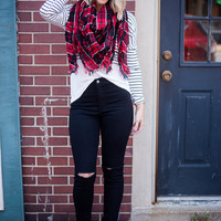 Highwaist Black Knee Slit Skinny Jeans