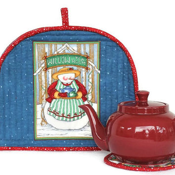 Tea Cozy, Quilted Snowman Tea Cozy, Tea Pot Mat, Trivet, Blue and Red, Winter Teapot Cover, Insulated Tea Cozy, Quiltsy Handmade