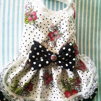 Harness Dress For Dogs or Cats.  Fancy pet collar. dog dress  dog clothes Yorkie Chihuahua Maltese