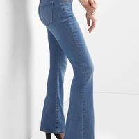 Mid rise curvy perfect boot jeans | Gap