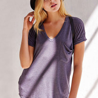 V-Neck Single Pocket Short Sleeve T-shirt