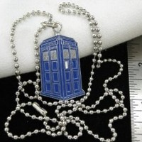 """Doctor Who TARDIS Pendant Necklace on 24"""" Chain"""