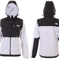 Day-First™ The North Face Women's Hooded Jacket