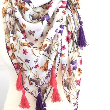 Boho Printed Scarf, Floral Cotton Scarf, Tassel Square Scarf, Boho Beach Sarong, Oversize Scarf, Summer Pareo, Turkish Scarf, Women's Gift