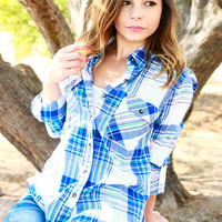 MAD FOR PLAID TOP IN BLUE