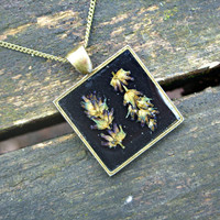 Real flower necklace - Lavender flowers - Pressed flower jewelry - Botanical pendant - Nature inspired necklace - Blue flower on black