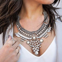 Fashion Crystal Vintage Necklace Pearl Jewelry Chunky Chain Collar Choker