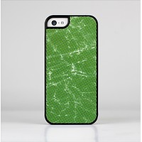 The Green & Yellow Mesh Skin-Sert Case for the Apple iPhone 5c