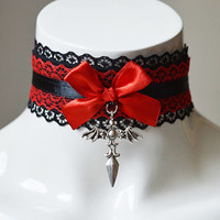 Gothic choker - Coven mistress - Kitten play day collar - romantic black necklace with lace - cosplay goth victorian lolita vintage princess
