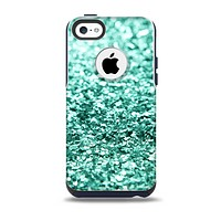 The Aqua Green Glimmer Skin for the iPhone 5c OtterBox Commuter Case