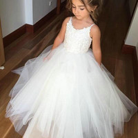 Honey Qiao Flower Girl Dresses Lovely White Puffy Tulle First Communion Dress For Girls Spaghetti Wedding Formal Party Gowns