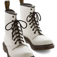 Dr. Martens 90s, Scholastic Playing Air Guitar Boot in White
