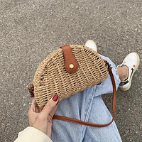 2020 new wild fashion straw crossbody bag underarm bag