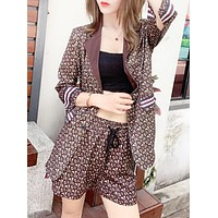 Burberry Fashion New More Letter Print Vest Coat And Shorts Two Piece Suit