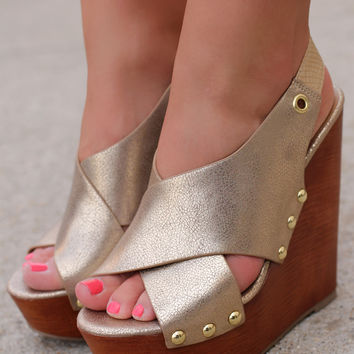 She's All That Wedge