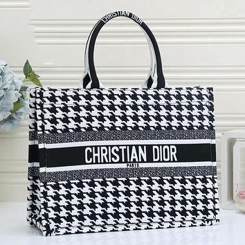 Dior CD Hot Sale Fashion Ladies Shoulder Bag Shopping Bag Bucket Bag
