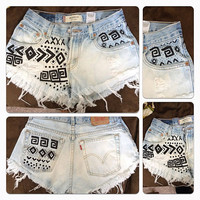 Vintage high waisted tribal print shorts by JessieJeans on Etsy