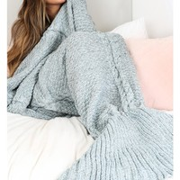 Mermaid blanket in blue marle
