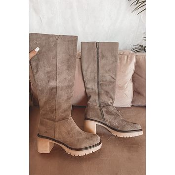 And Pose Gray Suede Heel Boots