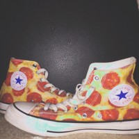🍕ITEM 32🍕 high top pizza Converse. worn several times, but ...