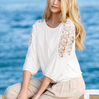 Hollow Out Lace Patchwork Sleeve T-Shirt 13125