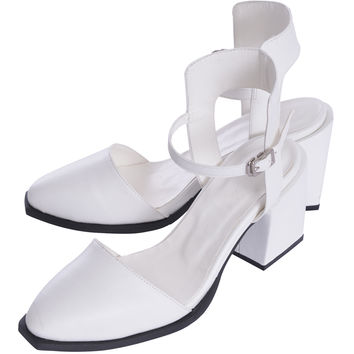 SQUARE CUT ANKLE SANDALS - EMODA Global Online Store
