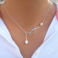 Fashion Retro Hot Popular Simple Leaves Simulated Pearl Necklace