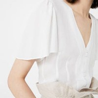 Buttoned flowy blouse