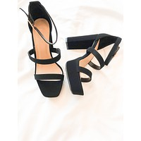 Indie Square Toe Heels (Black)