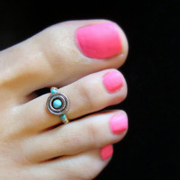 Toe Ring - Silver Rings - Turquoise Stone - Stretch Bead Toe Ring