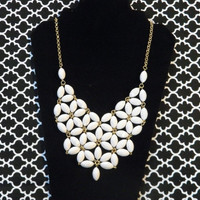 Daisy Bubble Bib Style Necklace - White