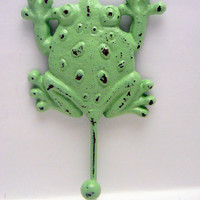 Frog Wall Hook Pistachio Green Cast Iron Single 1 Coat Towel Jewelry Scarf Key Leash Pale Pastel Green Hook Shabby Chic Distressed