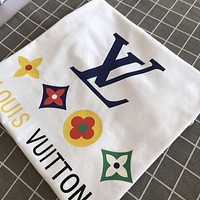 Louis Vuitton LV cotton printed short-sleeved four-flower loose trend couple t-shirt for men and women