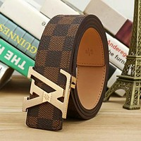 LV Louis Vuitton Trending Men Retro Smooth Buckle Leather Belt