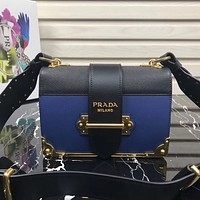 PRADA WOMEN'S 2018 NEW STYLE LEATHER INCLINED SHOULDER BAG