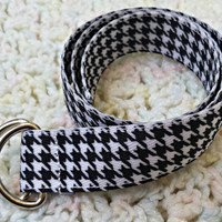 """Baby or toddler black and white houndstooth belt, fits up to 22"""" waist"""