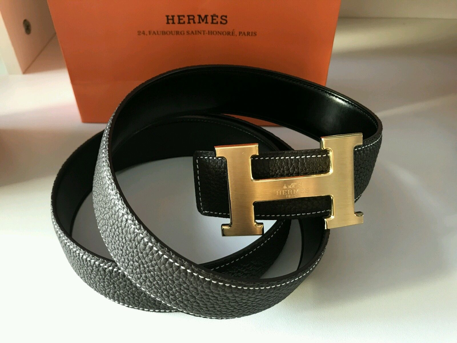 Image of Auth HERMES Reversible double H Gold/Silver Buckle Black Leather Men's Belt 110*