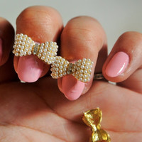 2 pc of gold bow with pearls 3d nail charm
