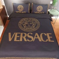 Soft Comfortable VERSACE Bedding Blanket Quilt Coverlet Pillow shams 4 PC Bedding Set
