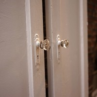 Antique Vintage Solid Door with Clear Glass Knobs