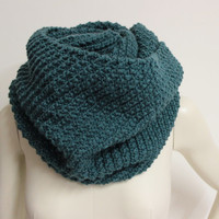 Teal Infinity Scarf, Oversized Knit Snood, Chunky Winter Scarf, Knit Cowl Scarf, Teal Neck Warmer, Eternity Scarf,Chunky Knit Infinity Scarf