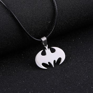 Fashion 2017 New Skull Punk Necklace Pendant Star Stainless Steel Pendant Chains For Men Women Body Unisex Statement Jewelry