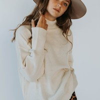 Amber Turtleneck Sweater (Cream)