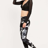 Nike Legend 2.0 Black and White Leggings - Urban Outfitters