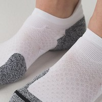 high speed sock | women's socks & underwear | lululemon athletica