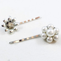 Silver flower bobby pins,  rhinestone flower hair pin, pearl hair pin, silver flower hair pin,  bridal hair pin, rhinestone bobby pin