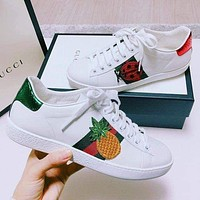 GUCCI Tide brand embroidered patch logo low-top wild white shoes