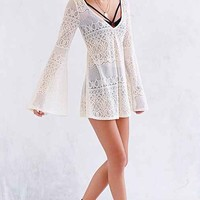 Ecote Crochet Bell-Sleeve Tunic Top- Neutral