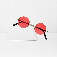 Free Love Round Red Sunglasses